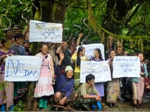 Karen protesting the construction of the Toe Bo Dam