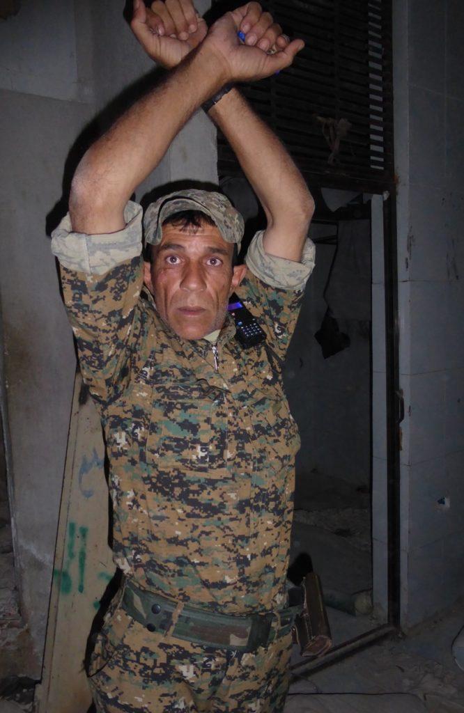Kurdish man describes torture by ISIS in Manbij
