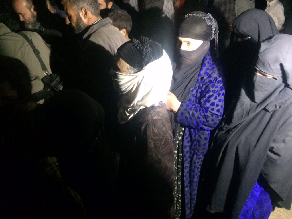 First round of IDPs cross into the camp on the night of October 31st, 2016. Photo: FBR.