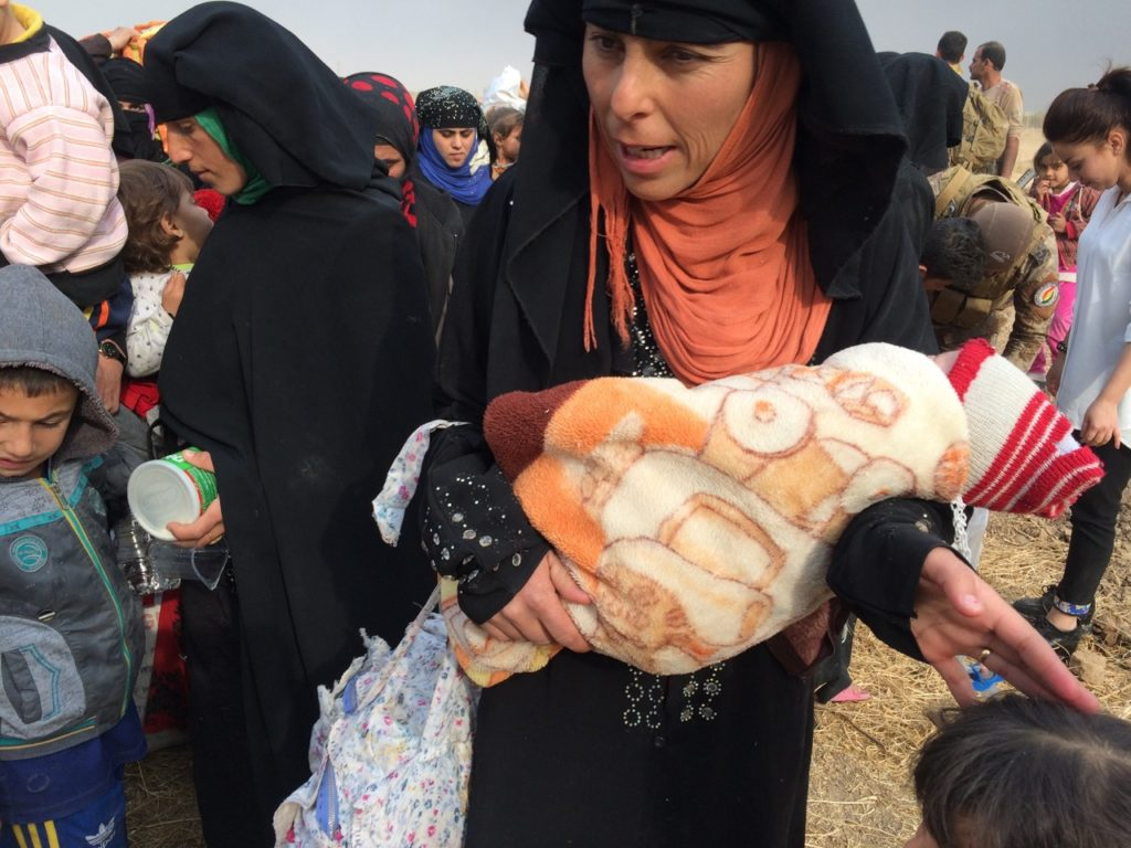 Families fleeing ISIS. Photo: FBR.