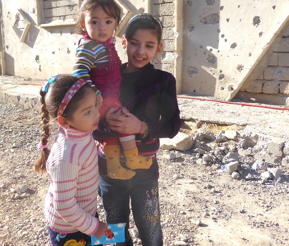 Children in Mosul coming for food and medical care. Photo: FBR.