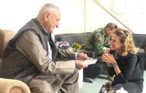 Karen gives gift to Kurdish General Hamid Alfandi.