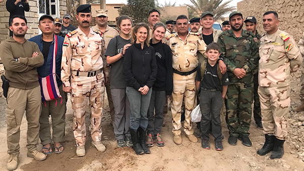 The team with 9th AD CDR Gen Kasem and local PMU Cdr outside Bayji.