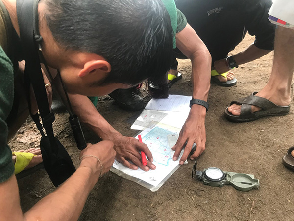 Rangers practicing navigation and map reading on the final exercise.