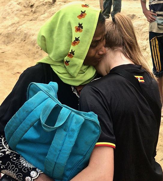 Newly escaped Rohingya woman and Sahale.