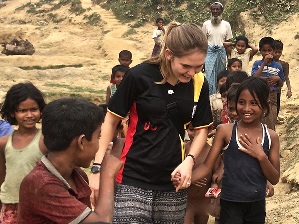 Rohingya refugee children with new friend.