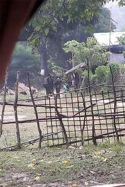 Burma Army soldiers
