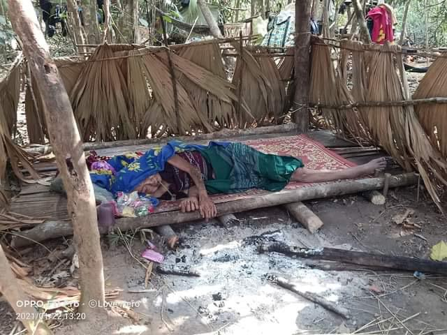 Families who fled their homes and are now in hiding from the Burma Army 6