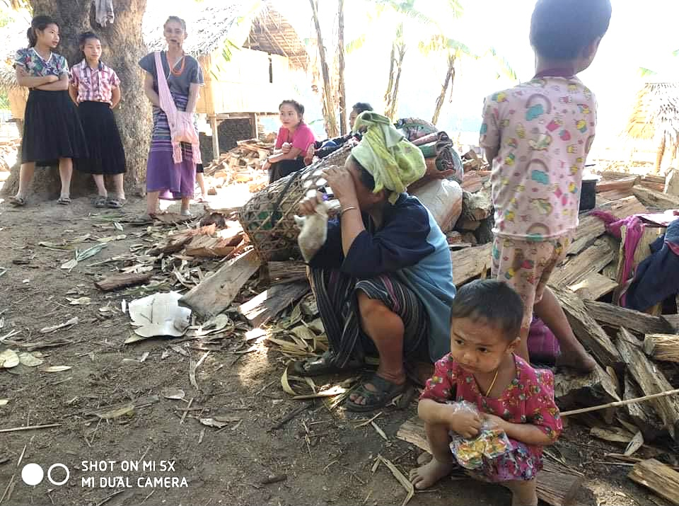 Karen villagers displaced by attacks