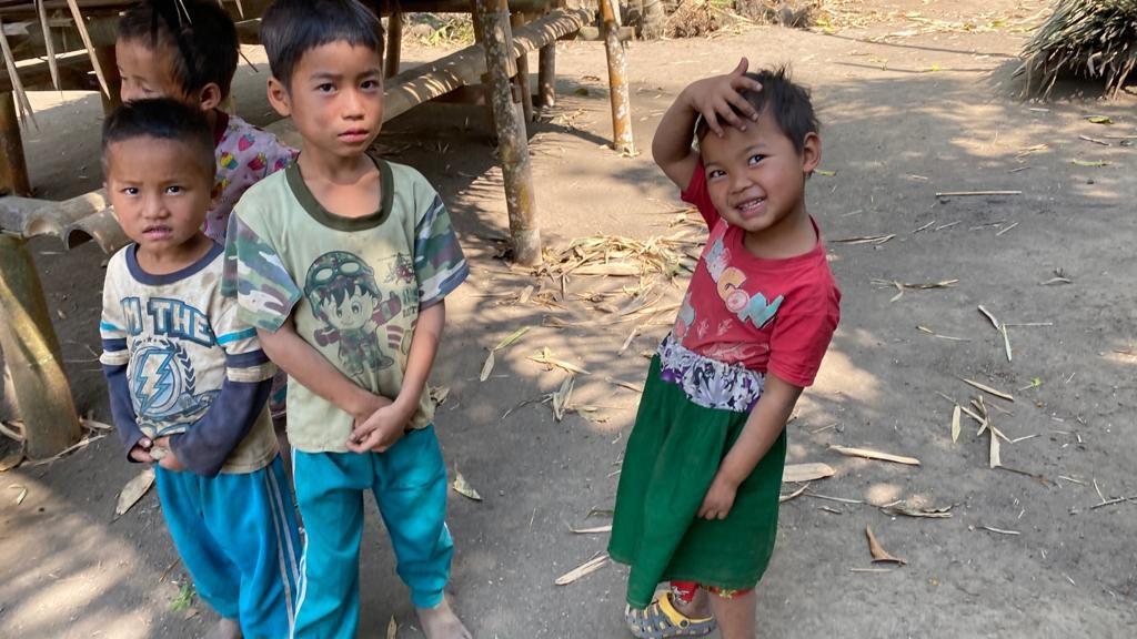 TKTB children at an IDP hide site