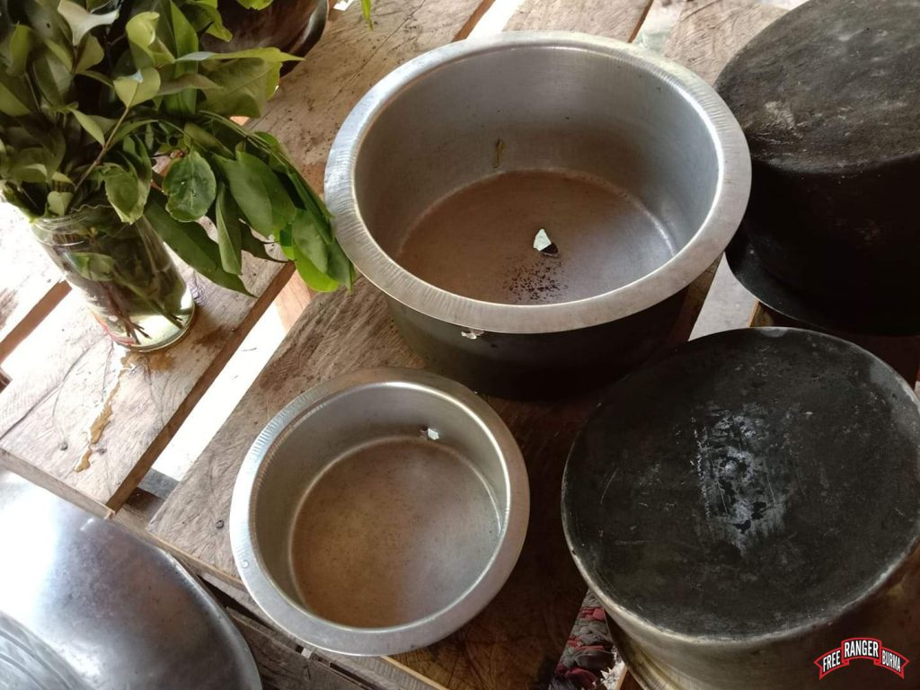 damaged cooking pots